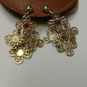 Vintage Sarah Coventry floral clip earrings